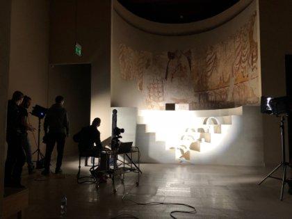 """Backstage sesji zdjęciowej dzieł na aukcję dobroczynną - IV Bal """"Spragnieni Piękna"""""""
